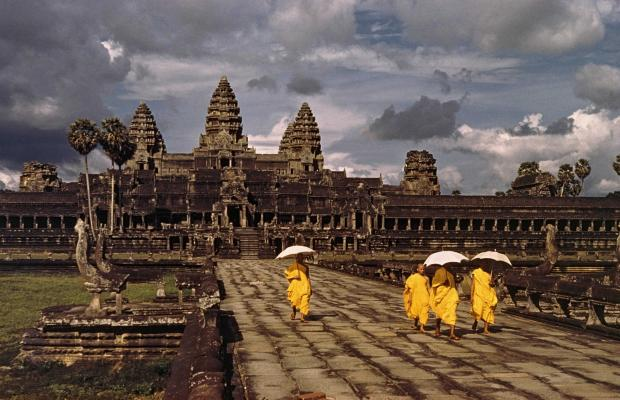 Full-Day Angkor Temple and Sunset Viewing