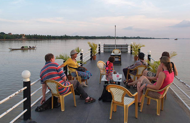 Mekong River Sunset Cruise with BBQ Buffet