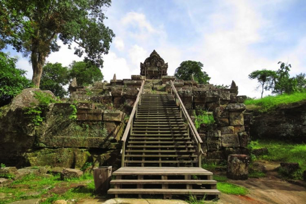 Private Preah Vihear Temple Discovery Tour